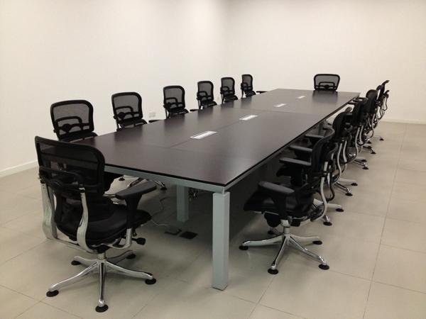 奥迪汽车4S旗舰店会议室