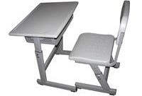 怎么选择学校课桌椅?
