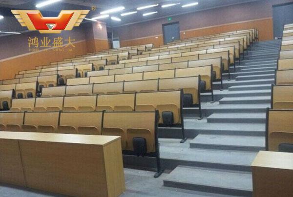 贵州师范大学阶梯教室配套方案